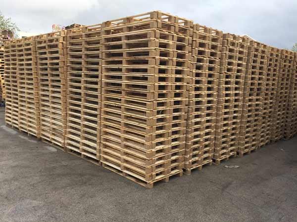 Recupero legno reggio emilia viadana smaltimento for Riciclo bancali legno