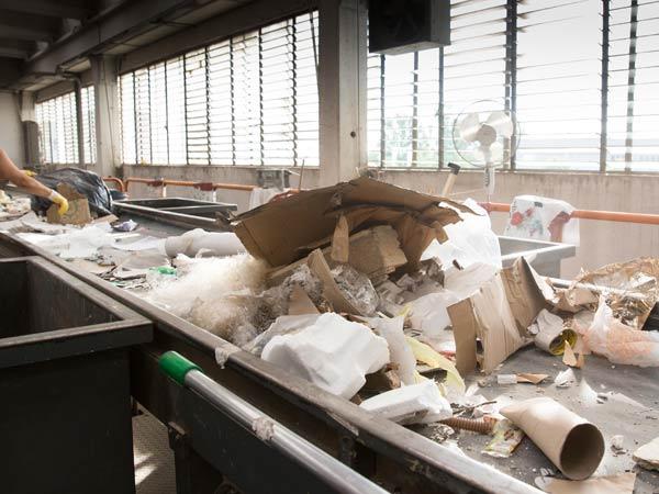 Trasporto-rifiuti-indifferenziati-Reggio-Emilia
